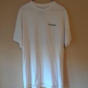 Columbia T shirt